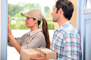 Forest Gate package delivery companies E7 dhl