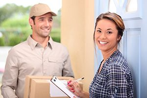 Herefordshire package delivery companies HR1 dhl