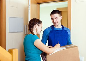 Woolpit package delivery companies IP30 dhl