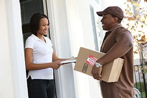 Ayrshire package delivery companies KA19 dhl