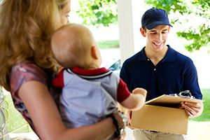 Hullbridge package delivery companies SS5 dhl
